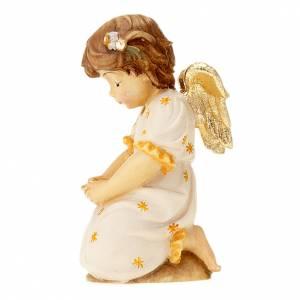 Angel on his knees s3