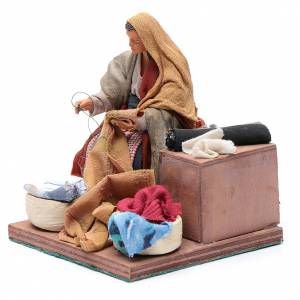 Animated nativity scene, woman sewing 12 cm s2