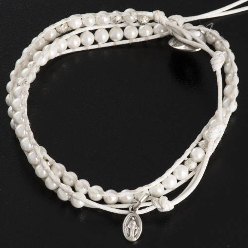Bracciale madreperla 4mm s3