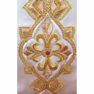 Chasuble in pure silk with hand-embroidered motif s3