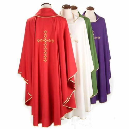 Chasuble liturgique avec croix dorée brodée s2