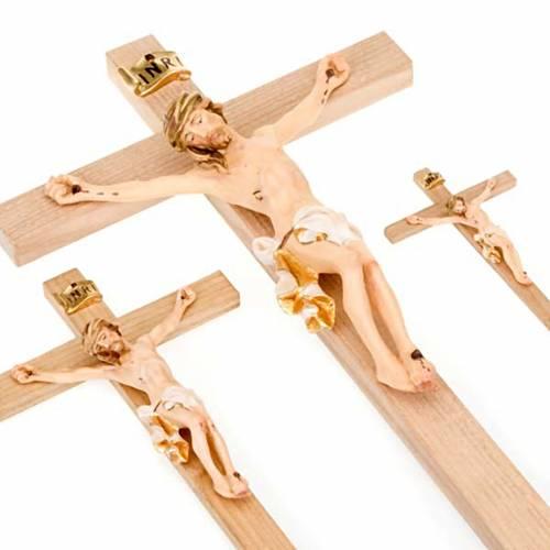 Corps de Christ, veste blanche et or sur croix droite s3