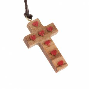 Wooden cross pendants: Cross pendant in olive wood with red hearts