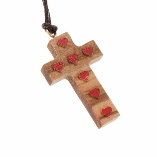 Cross pendant in olive wood with red hearts s1