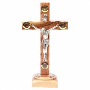 Crucifix à poser: Crucifix sur base olivier Terre Sainte terre et grains 23 cm