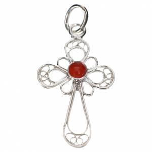 Colgantes, cruces y broches: Cruz en filigrana de plata 800 con coral