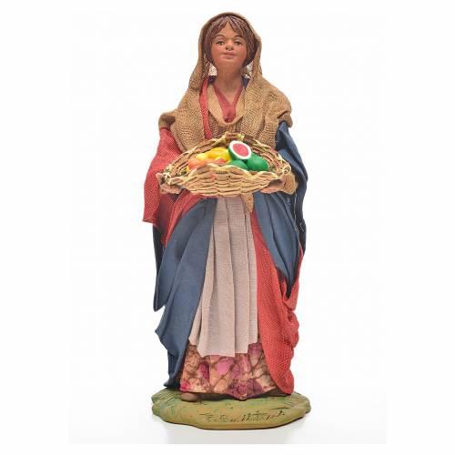 Donna giovane con cesto frutta 24 cm presepe Napoli s1