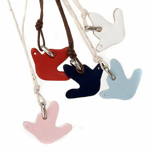Dove pendant in leather, various colours s1