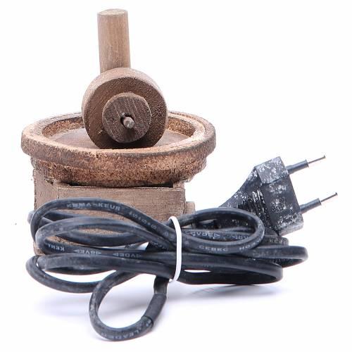Electric olive oil press for Neapolitan Nativity measuring 11x9cm s3
