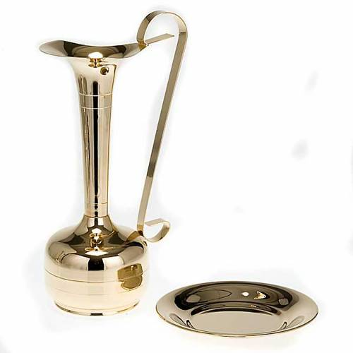 Ewer and basin, gold-plated brass or palladium s2