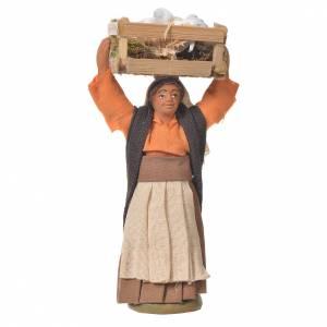 Femme avec caisse d'ail 10 cm santon crèche napolitaine s1