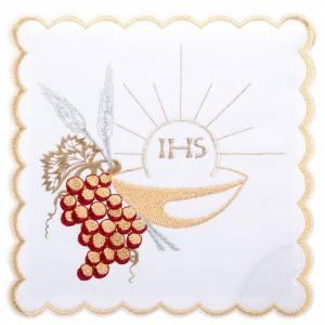 Altargarnitur: Kelchwäsche 4 St. mit IHS, Ähren, Trauben und Schale