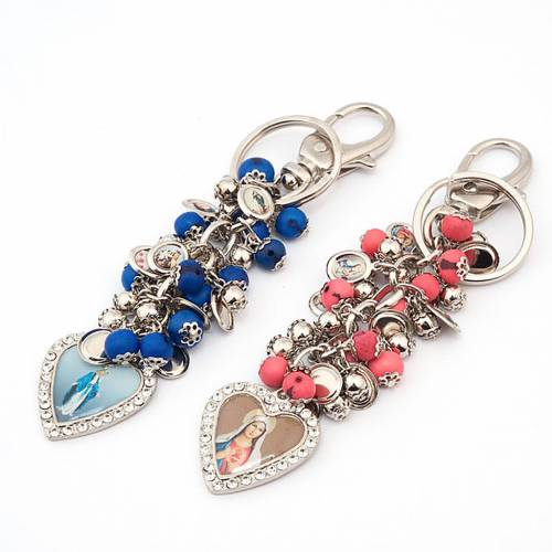 Key-ring with heart-shaped charms s1