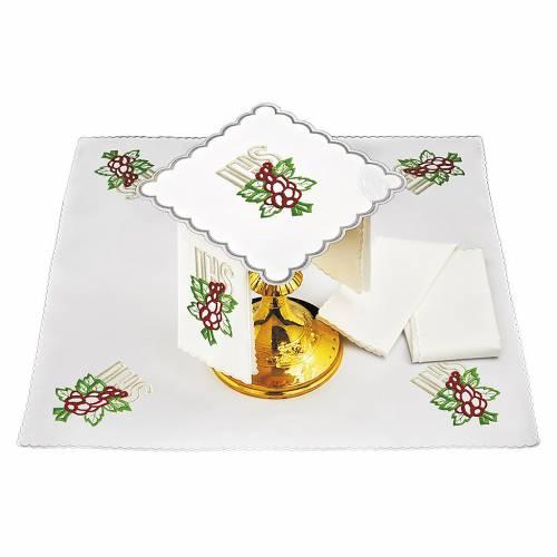Linge d'autel lin broderie raisin feuilles IHS s1