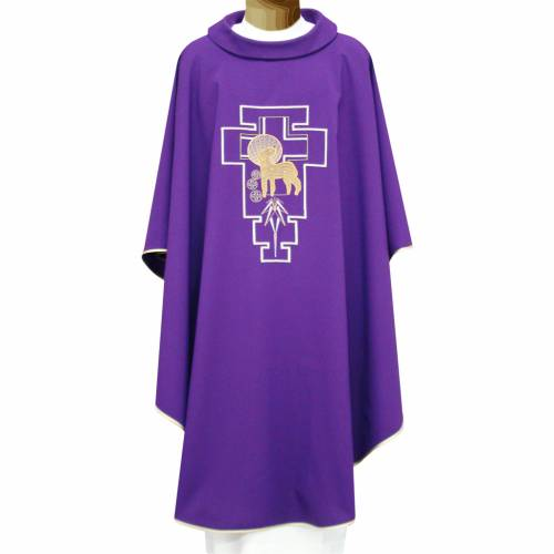 Liturgical chasuble in polyester with lamb and San Damiano cross s1