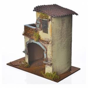 Maison jaune avec balcon 28x15x27 cm s2