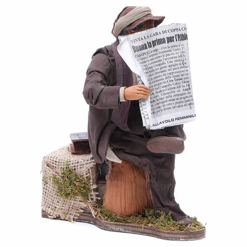 Man reading paper figurine for animated Neapolitan Nativity, 24cm s3