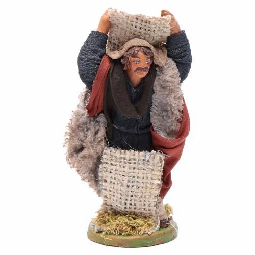 Man with jute sack, Neapolitan nativity figurine 10cm s1