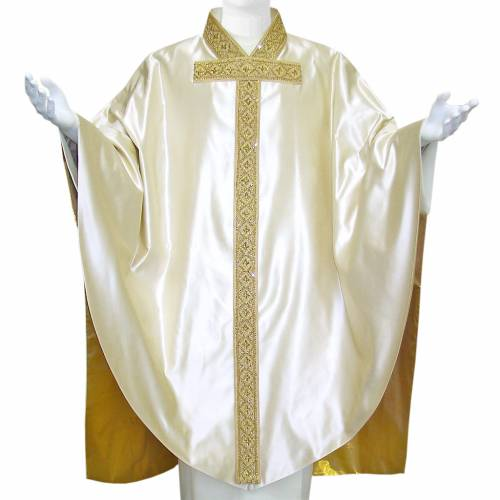 Medieval Chasuble in pure silk with gold silk lining, embroidery s1