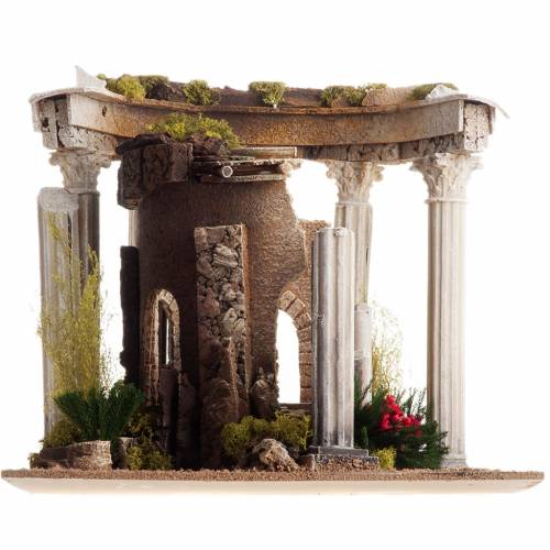 Nativity setting, Roman temple with columns and house s9