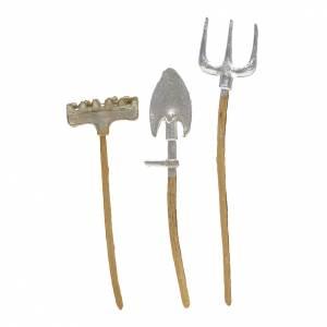 Outils de travail en miniature pour crèche 3 pcs s1
