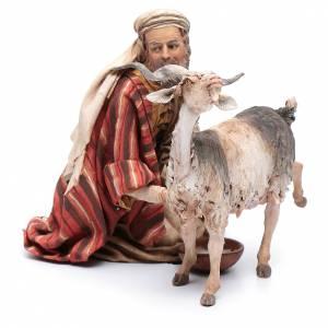 Pastor ordeñando cabra belén Angela Tripi s2