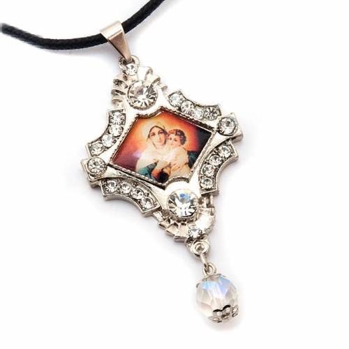 Pendant with image of Mother Mary, pearls and strass s5