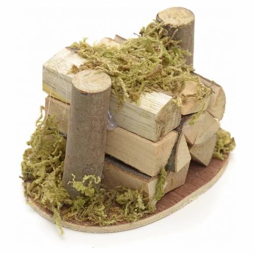 Pila de leña y musgo para pesebre s2