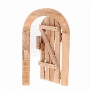 Barandillas, puertas, balcones: Puerta de madera con jamba arco y bisagras para el belén