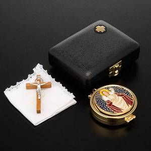 Pyxes and Burses: Pyx case with pyx, cross and towel