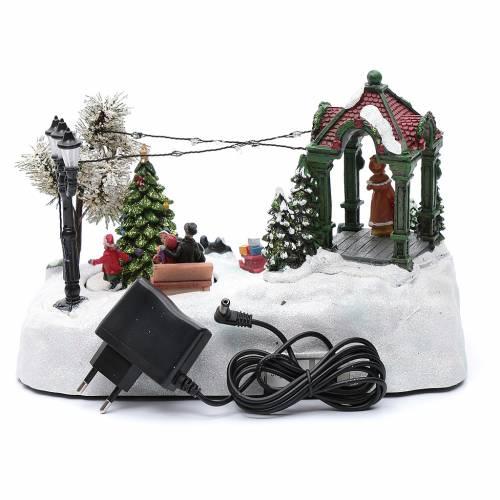 Villaggio animato albero movimento luci led musica natalizia 20x25x15 cm s5