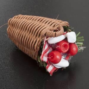 Essen Miniaturen: Weidenkorb mit gemischtem Gemüse, für Krippe