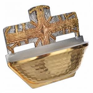 Weihwasserbecken: Weihwasserbecken vergoldete Kreuz