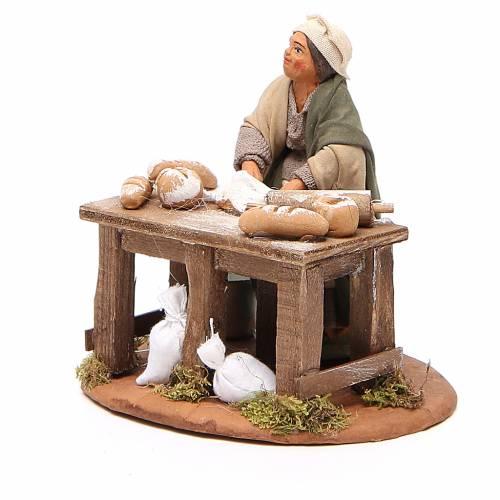 Woman kneading, Neapolitan nativity figurine 10cm s2