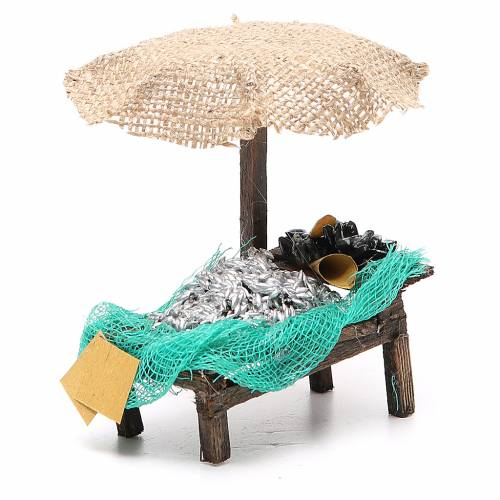 Workshop nativity with beach umbrella, sardine and mussels 12x10x12cm s3