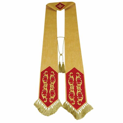 Big stole in golden wool with embroideries s1