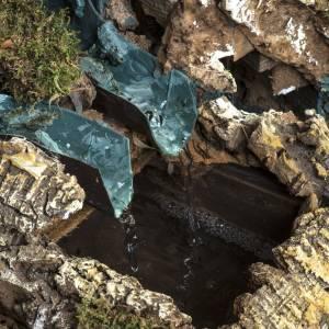 Borgo illuminato presepe con capanna, cascate, mulino s12