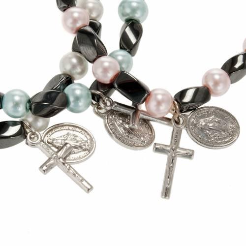 Bracelet religieux élastique hématite et imitation perle s2