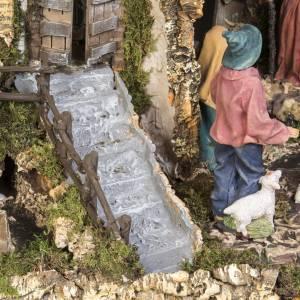 Capanna presepe 80x110x70 cm borgo e fontana s8