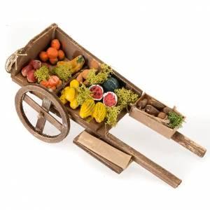 Belén napolitano: Carreta de madera con frutas y verduras para el pesebre