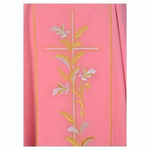 Casula sacerdotale rosa 100% poliestere croce gigli s3