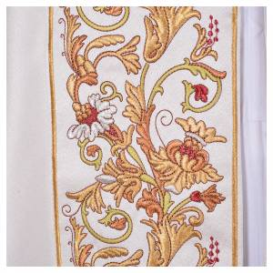 Cope in 100% polyester with floral decoration in relief s7