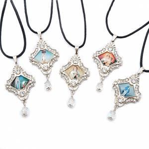 Croix pendentif, image Vierge,verre, nacre, paillettes s1
