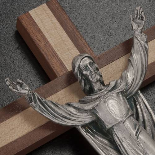 Crucifix in mahogany and pine wood, Resurrected Christ s2