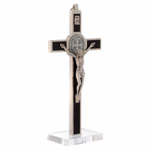 Cruces y medallas de San Benito: Cruz S. Benito taracea madera basamento plexiglás