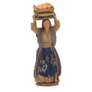 Donna con cesto di arance in testa 14 cm presepe Napoli s1