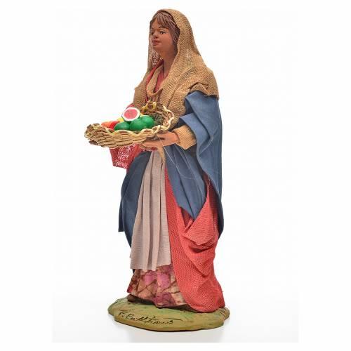 Donna giovane con cesto frutta 24 cm presepe Napoli s2