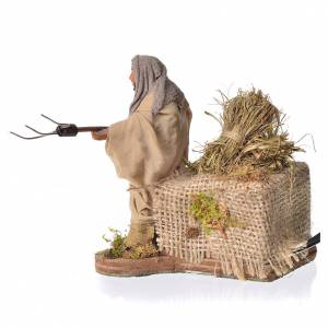 Farmer with hay, animated Neapolitan nativity, 10cm s3