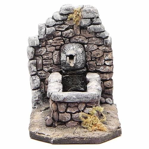 Fontaine en résine type rocher pour crèche 11x16x8 cm s1