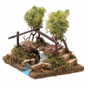 Puentes, Ríos y Empalizadas: Fuente con puente y árbol de liquen